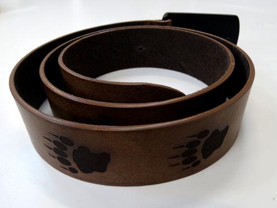 gravure-sur-ceinture-en-cuir-metagraph-dinan